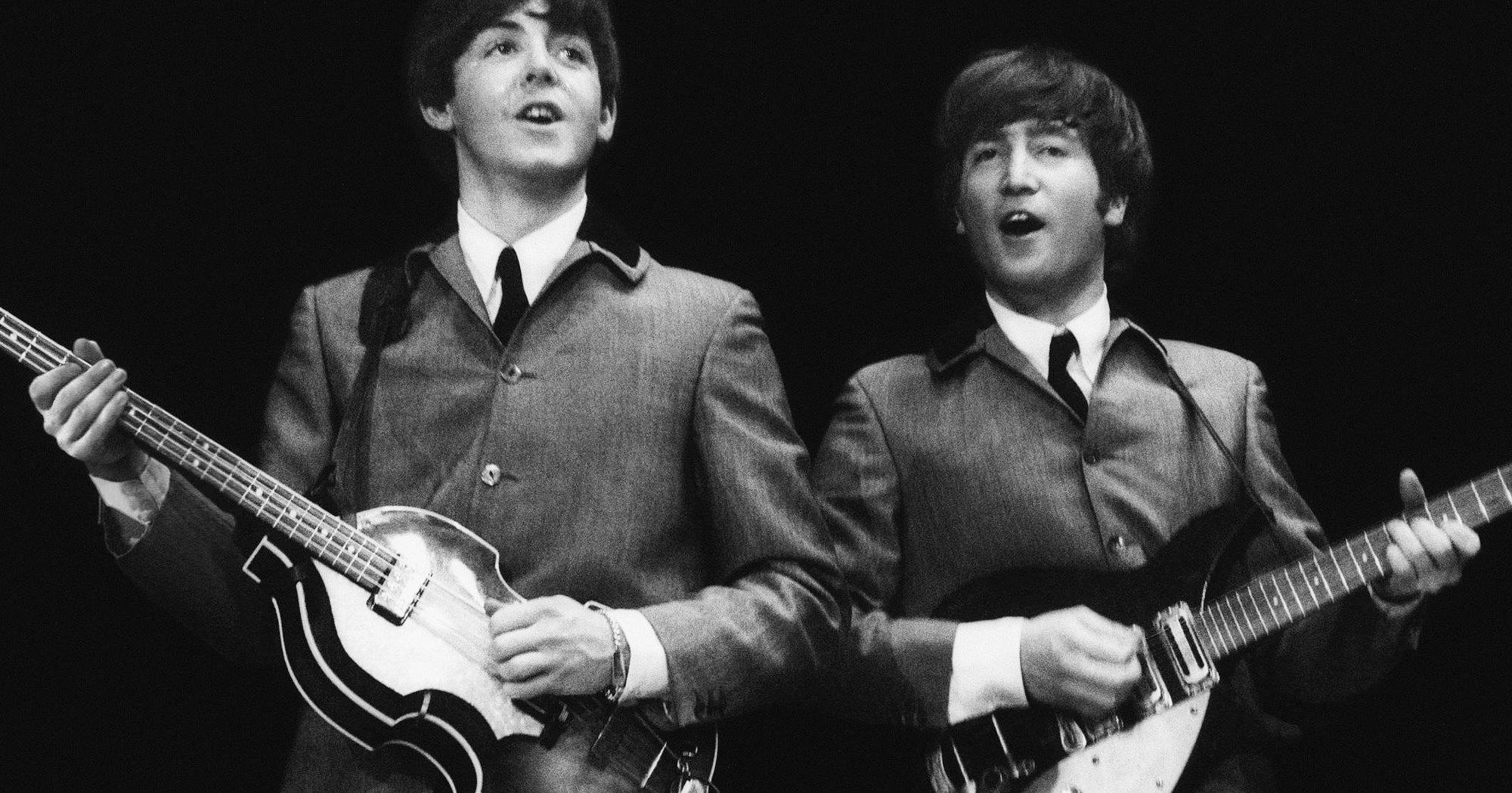 Статистики научились отличать песни Маккартни и Леннона