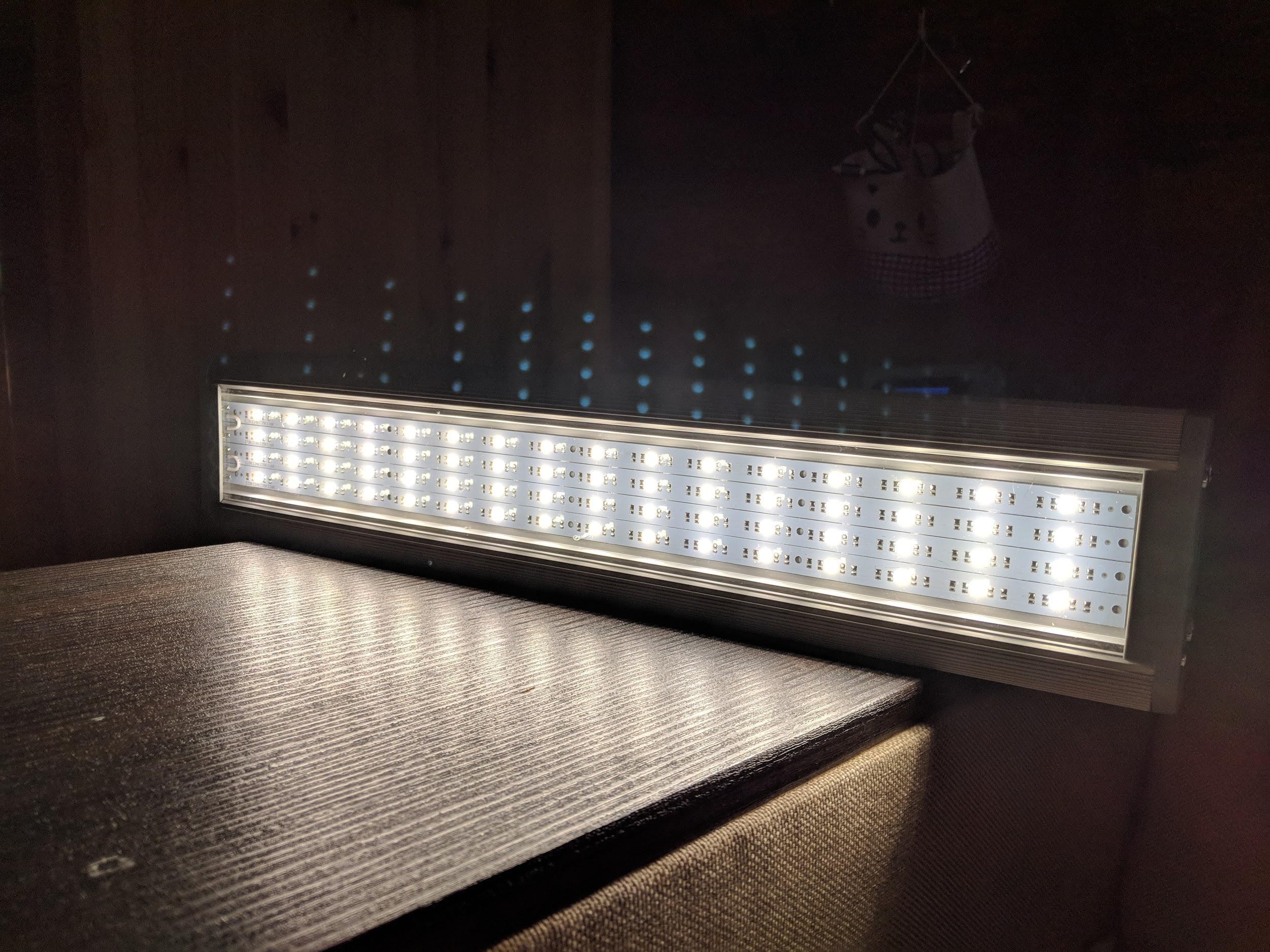 Промышленные светильники от отечественного производителя Эффест с хорошим индексом цветопередачи - 1