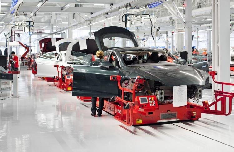 Илон Маск намерен сделать Tesla частной компанией стоимостью  млрд