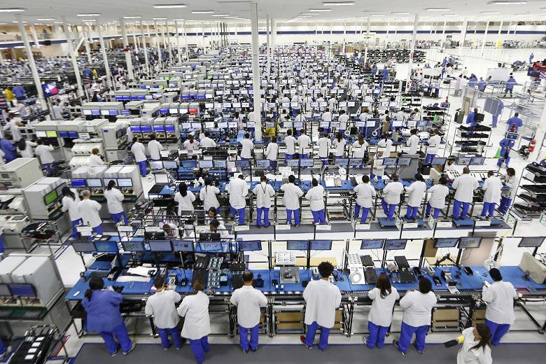 Продажи Foxconn достигли рекордного значения, а прибыль упала