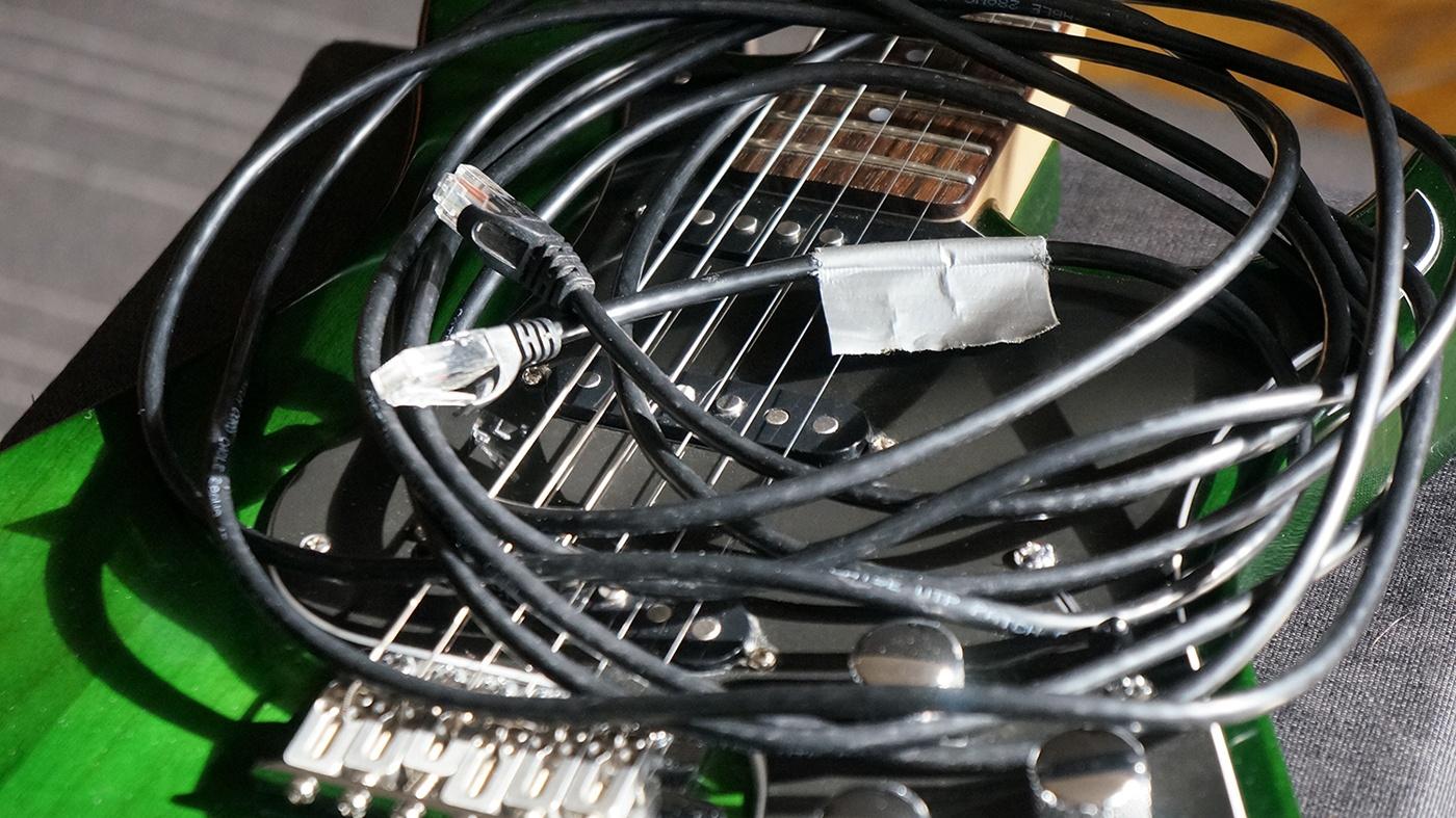 Электрогитара, работающая по Ethernet кабелю - 1