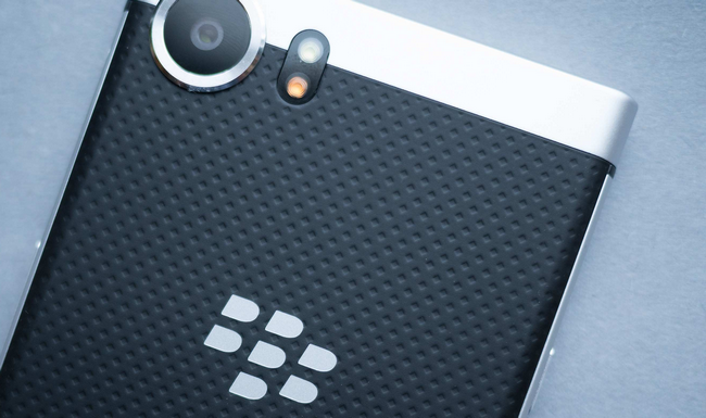 Смартфон BlackBerry KEYone получил обновление Android Oreo
