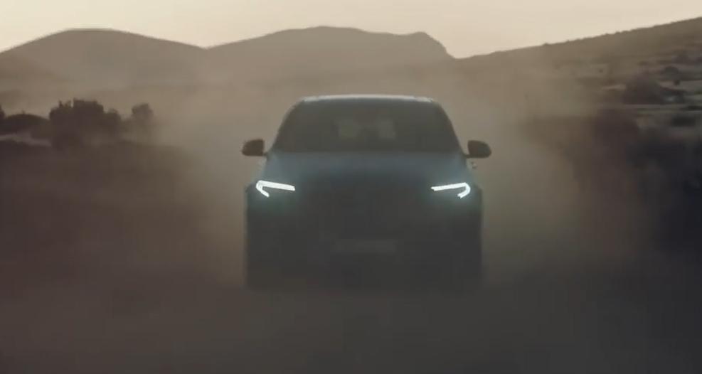 Mercedes-Benz тестирует свой первый электрокроссовер: видео