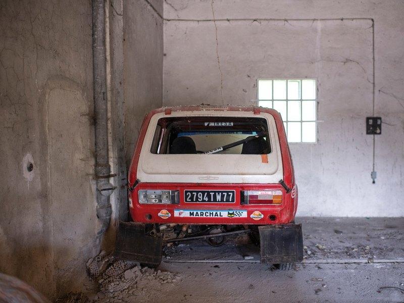 Потрепанную «Ниву» продают за 6,5 млн рублей (фото)