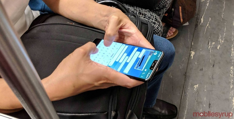 Смартфон Google Pixel 3 XL снова замечен в общественном транспорте - 1
