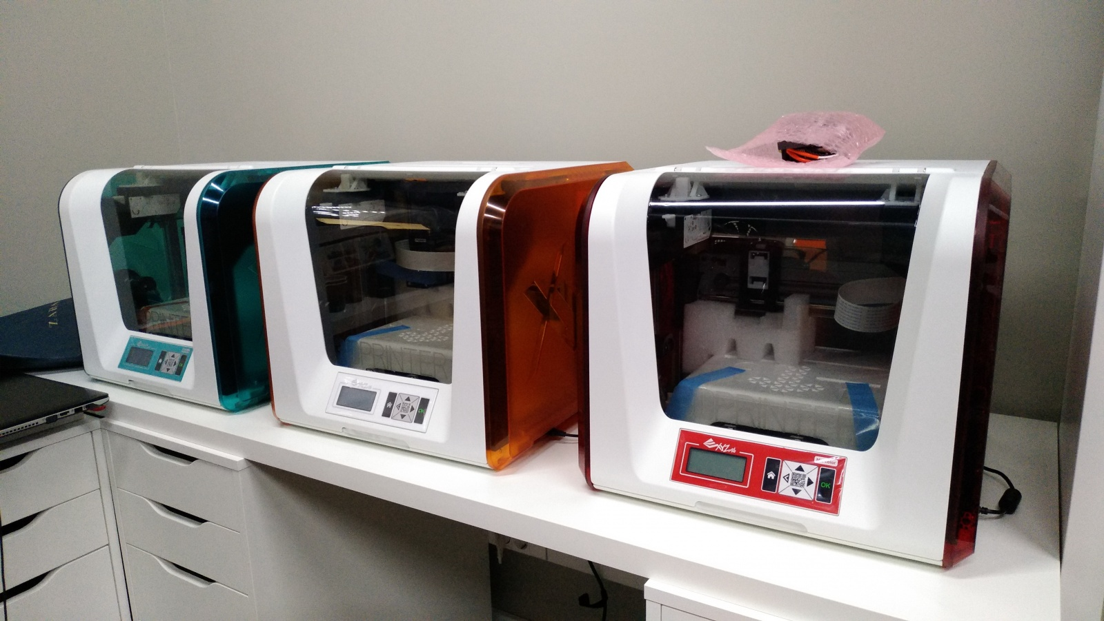 Цветной 3D-принтер Da Vinci. Фоторепортаж с презентации Компании XYZprinting - 1