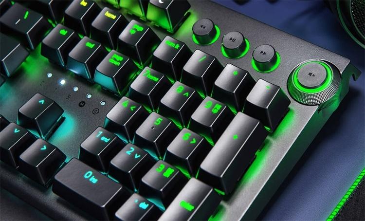 Razer BlackWidow Elite: механическая клавиатура с подсветкой Chroma