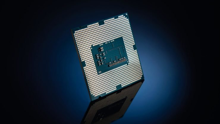 В тесте 3DMark процессор Core i9-9900K идёт вровень с разогнанным Ryzen 7 2700X