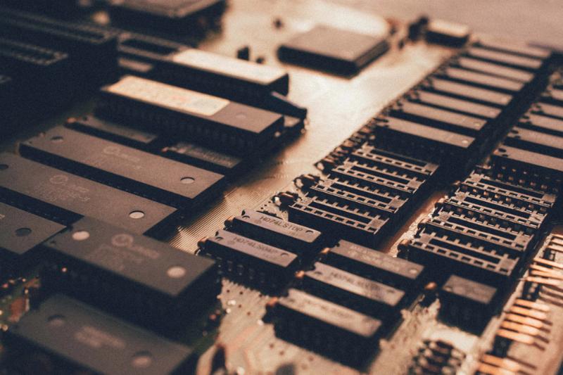 Эксперт Positive Technologies обнаружил возможность раскрытия ключей шифрования в Intel ME - 1