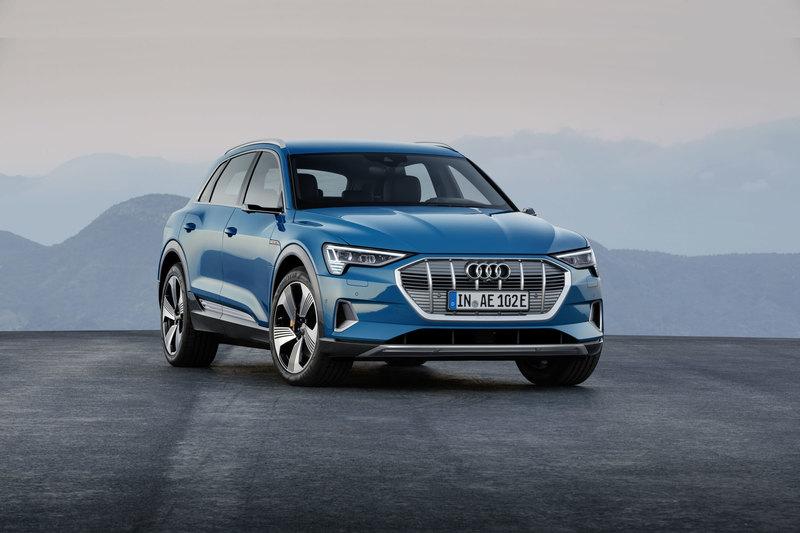 Audi презентовала свой первый серийный электромобиль