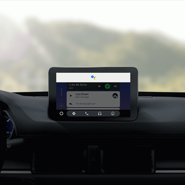 Персональный помощник Google Assistant добавлен в Android Auto