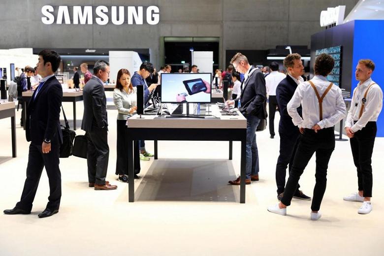 Samsung планирует замедлить рост производства микросхем памяти