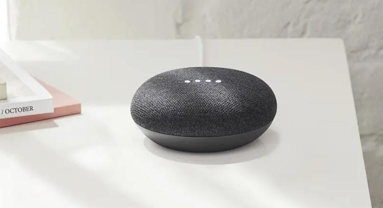 Устройство Google Home Mini вышло в лидеры на рынке смарт-динамиков