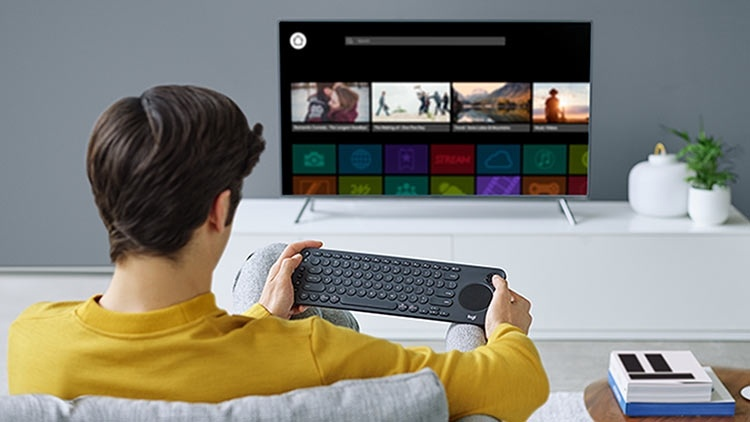 Клавиатура Logitech K600 предназначена для интернет-телевизоров
