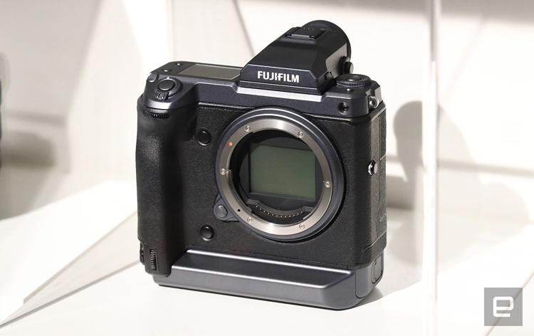 Fujifilm разрабатывает 100-мегапиксельный фотоаппарат