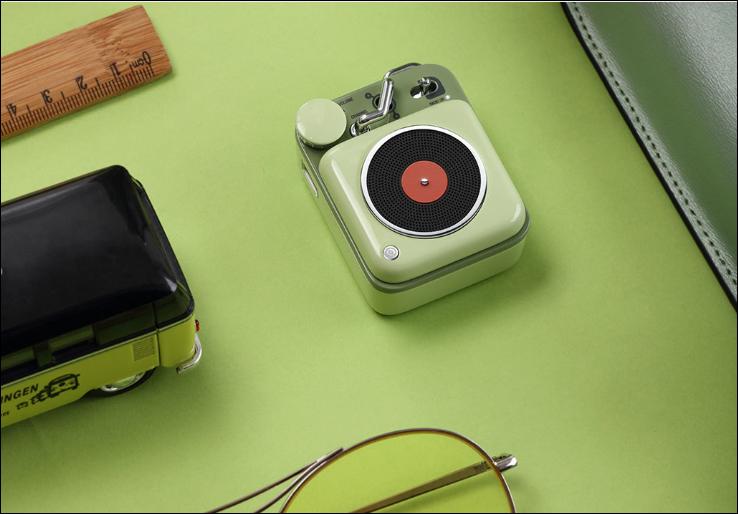 Начались продажи портативной колонки Xiaomi, названной в честь «короля рок-н-ролла»