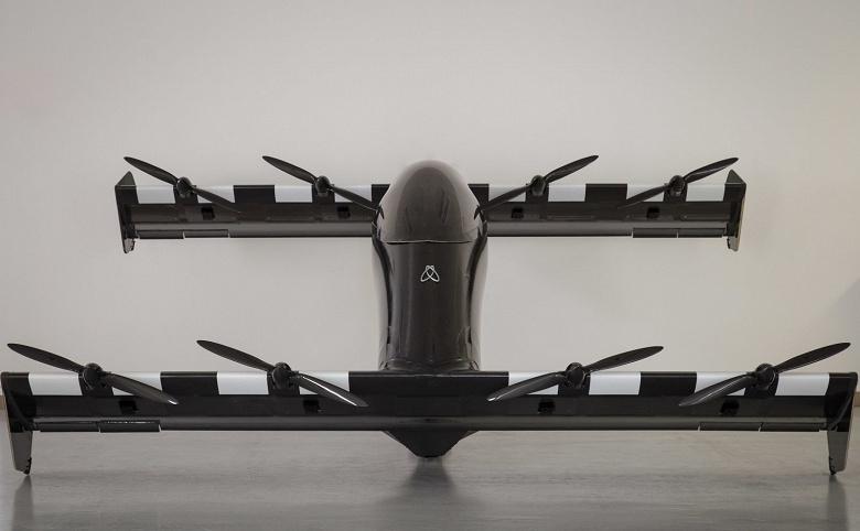 «Летающие автомобили» BlackFly поступят в продажу в следующем году