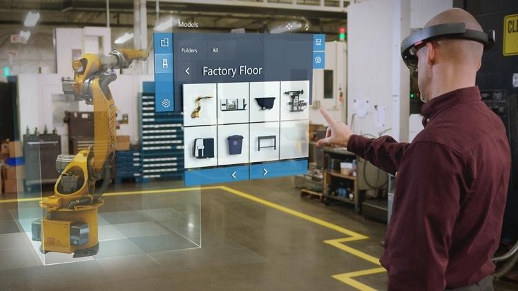 Анонс гарнитуры Microsoft HoloLens 2 отложен до середины 2019 года