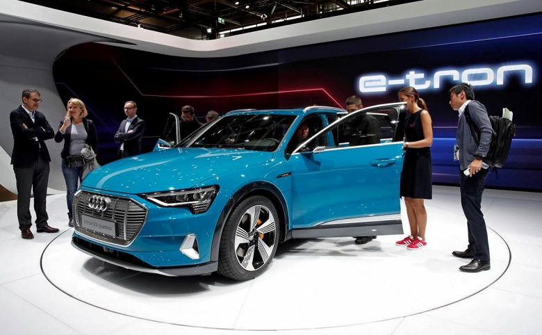 Поставки электрических внедорожников Audi отложены из-за ошибки в программном обеспечении
