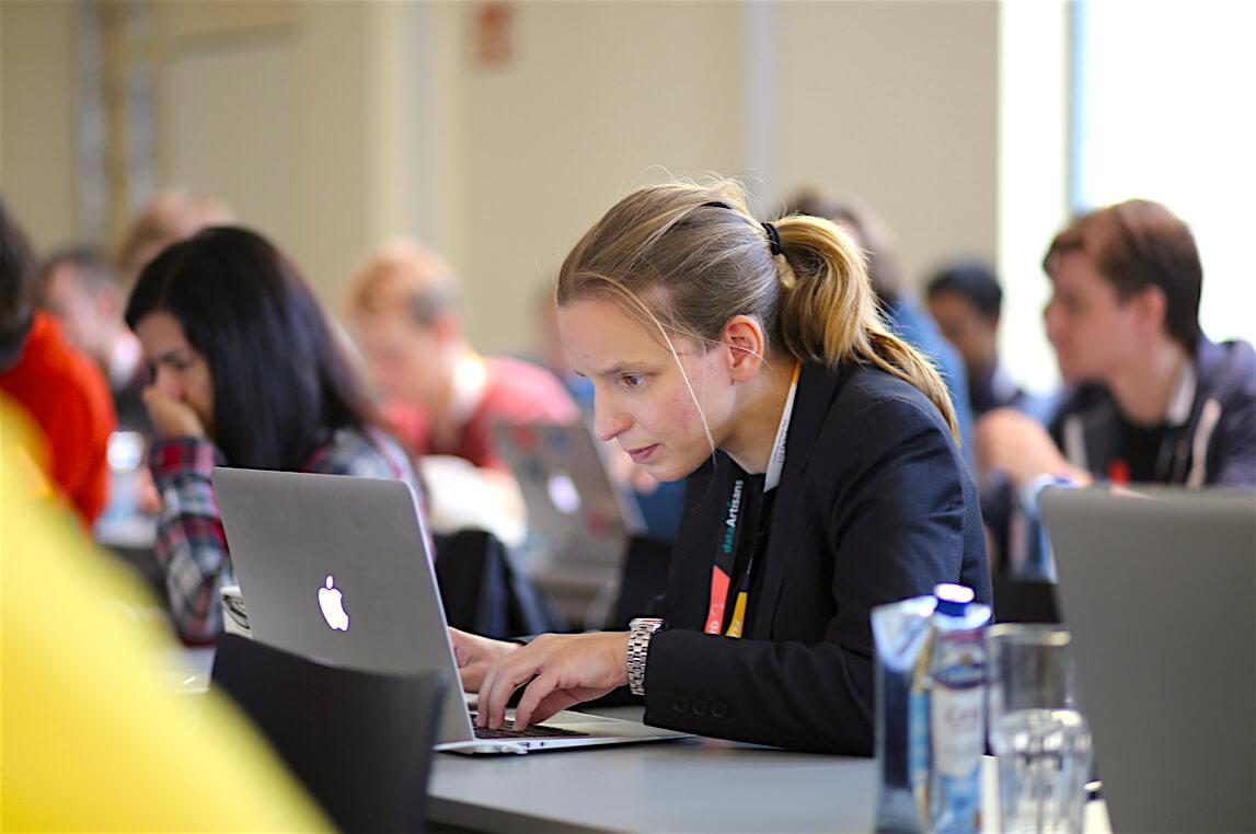 Учебный процесс в IT: олимпиады, стипендии, программы поддержки и сообщества Университета ИТМО - 1
