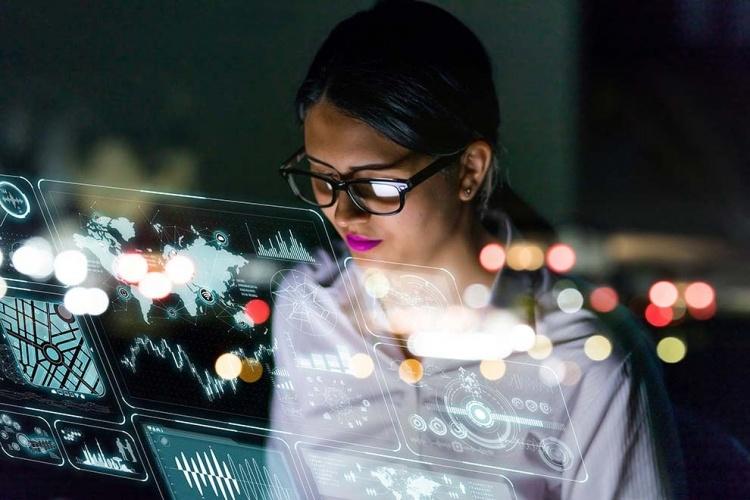 Lenovo уже 3-й квартал подряд добивается двузначного роста доходов