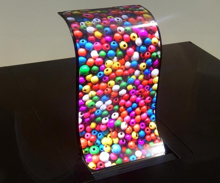 Sharp продемонстрировала гибкие OLED-дисплеи