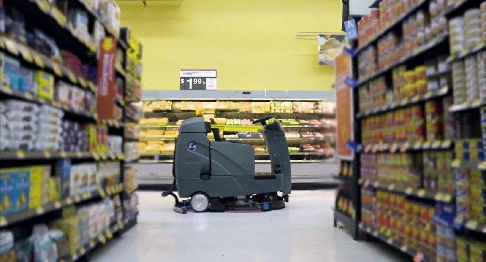 Walmart начинает использовать роботов-уборщиков - 1