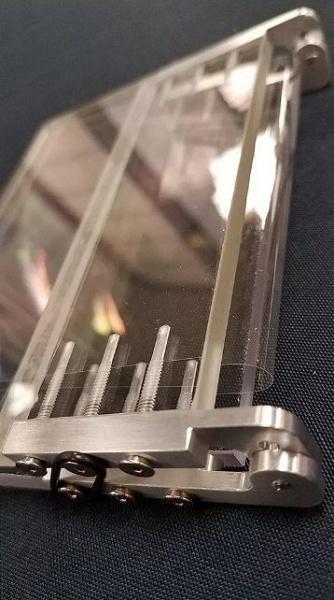 Corning разрабатывает защитное стекло для гибких смартфонов