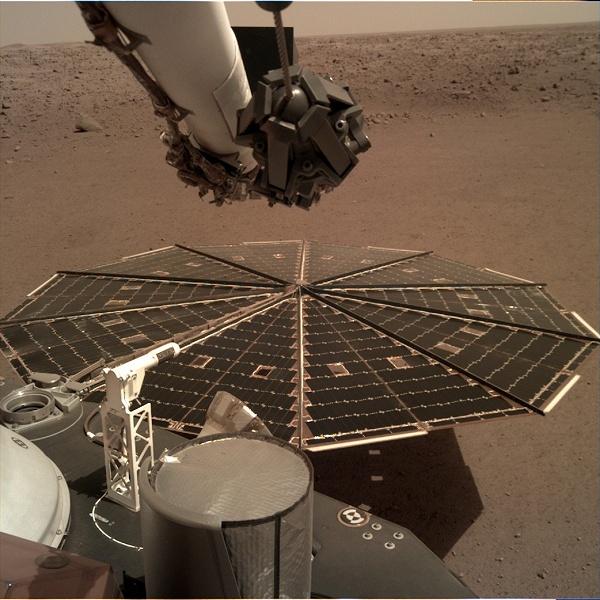 Как звучит Марс: космический аппарат InSight сделал первую в истории аудиозапись на Красной планете
