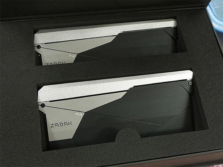 Zadak начала продажи «двухэтажных» модулей памяти Shield DC RGB DDR4 объёмом 32 Гбайт