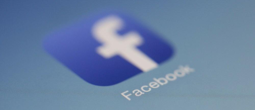 Исследователь опубликовал пример рабочего кода червя для Facebook - 1
