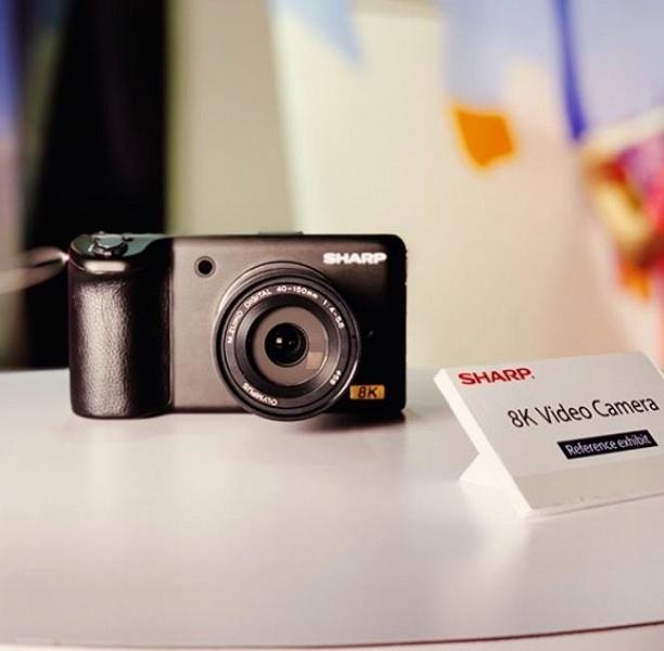 Названа примерная цена камеры Sharp с поддержкой видео 8K
