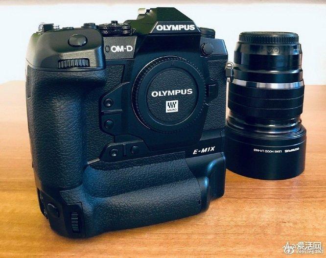 Опубликованы новые подробности о беззеркальной камере Olympus E-M1X ценой $3000