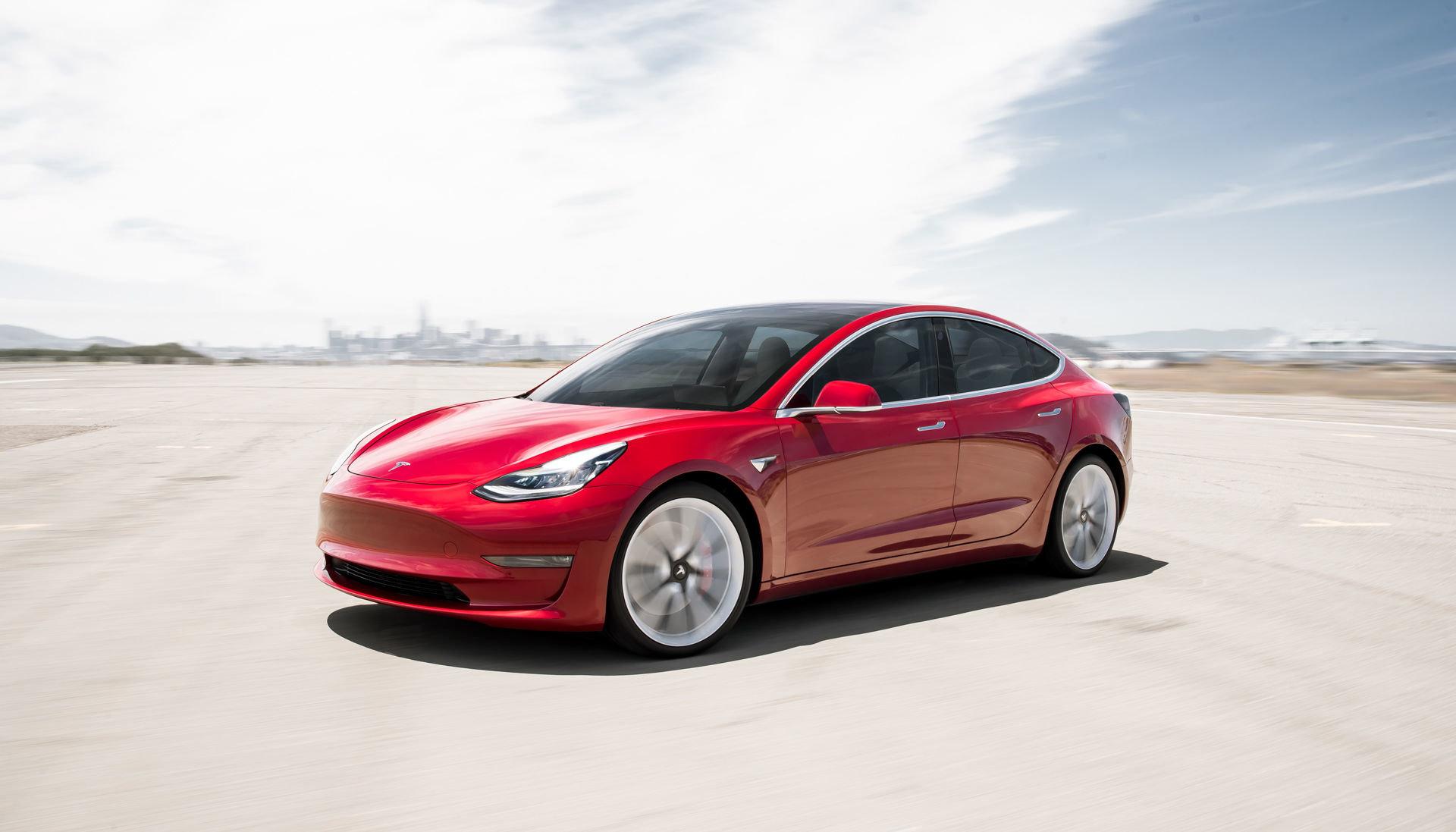 На Pwn2Own предлагают Tesla Model 3 тому, кто взломает систему защиты электромобиля - 1