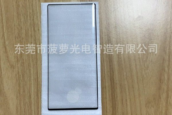 Фото дня: подтверждаются сверхтонкие рамки экрана Samsung Galaxy Note10, включая минимальный «подбородок»