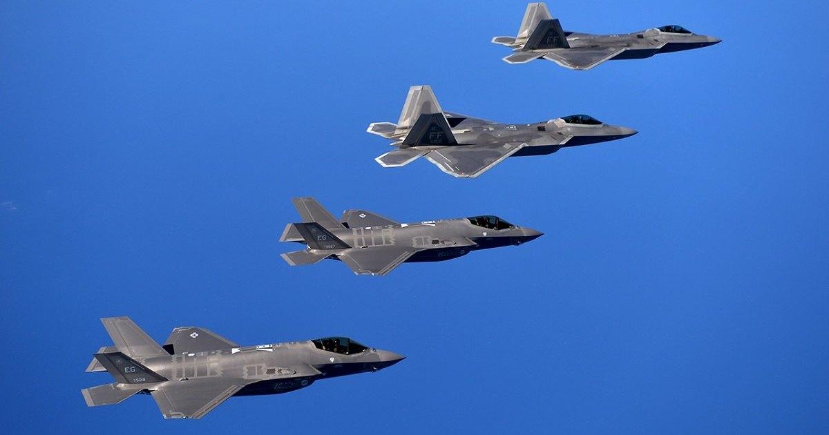 F-35 теряет малозаметность на сверхзвуке