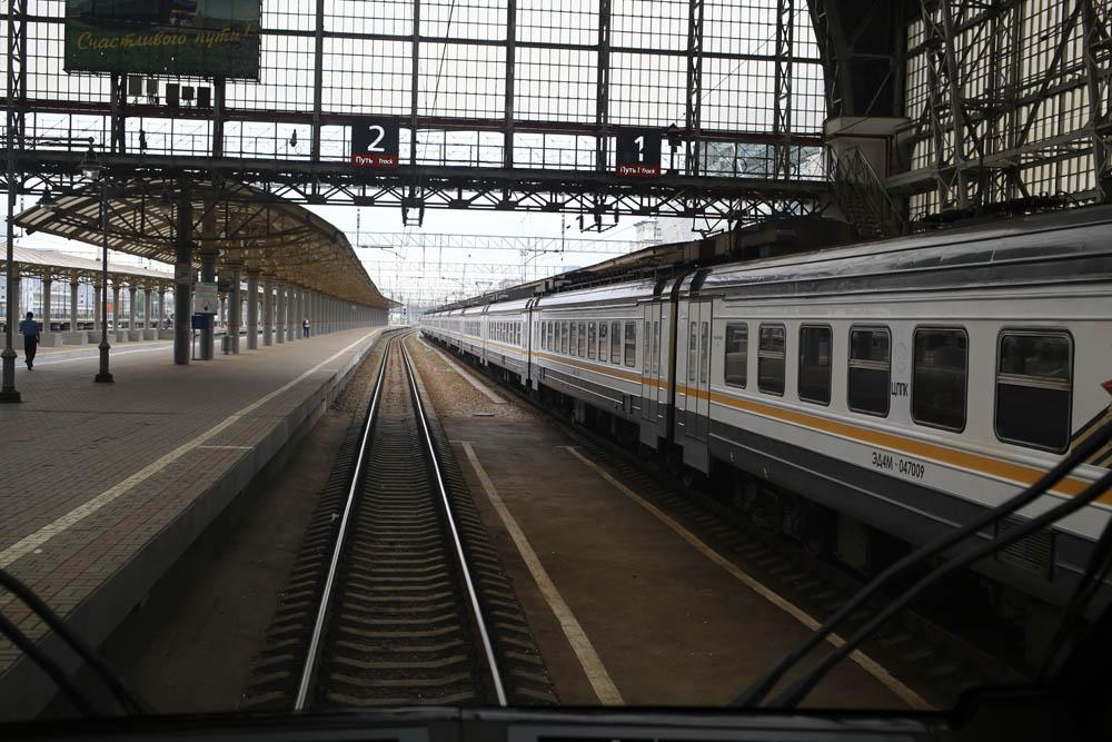 В кабине машиниста поезда - 14