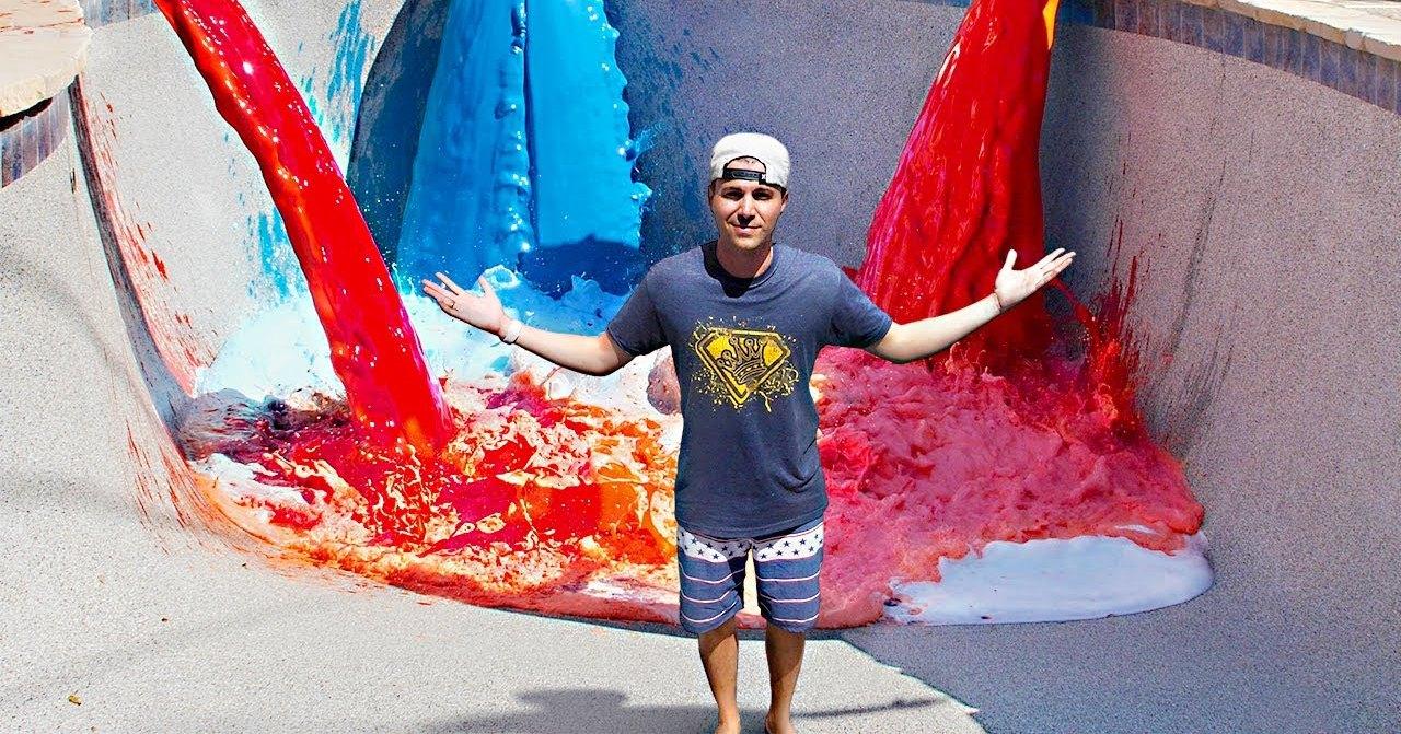Самый крупный эксперимент с пеной в мире: цветное безумие