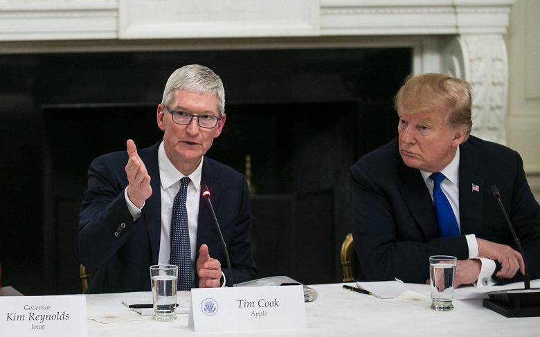 Apple наняла лоббиста, чтобы её товары не попали в обновлённый список в процессе торговой войны США с Китаем