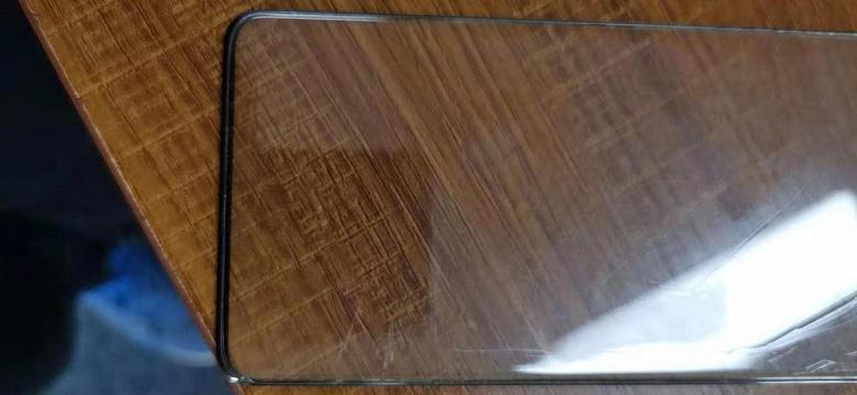 Финальная версия фронтальной панели Samsung Galaxy S11