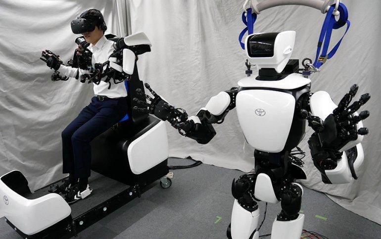 Компания Toyota показала улучшенный вариант робота-гуманоида T-HR3
