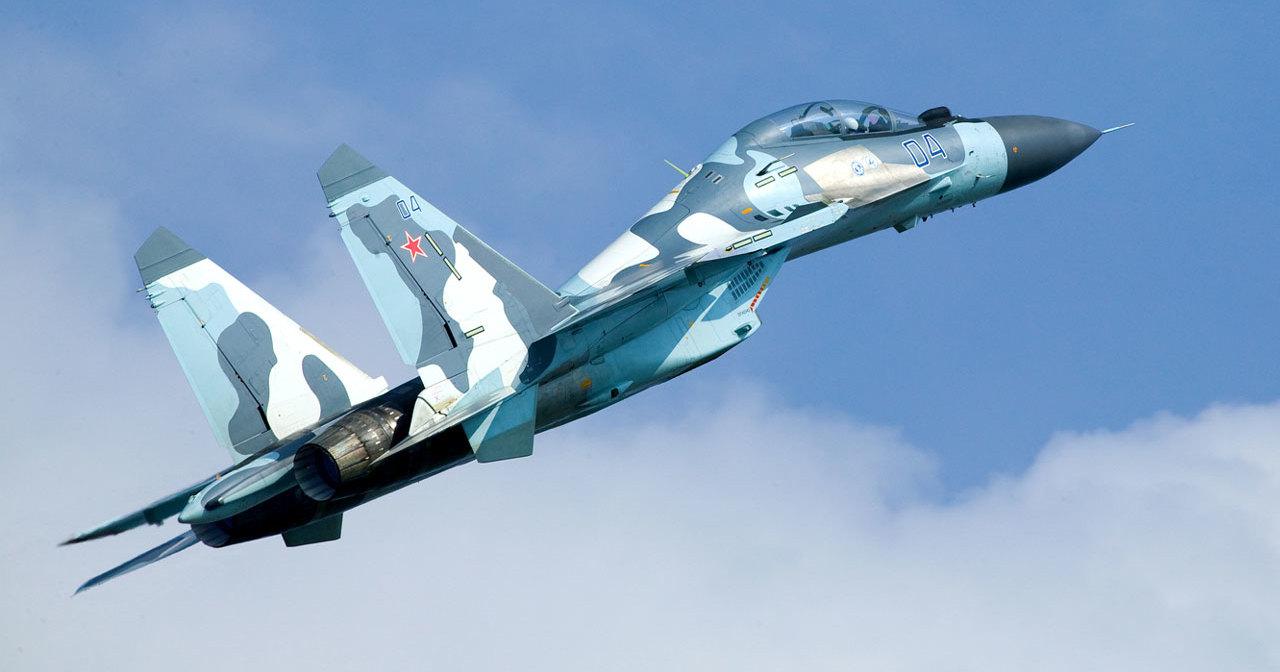 Дозаправку МиГ-31БМ и Су-34 в небе показали глазами пилотов