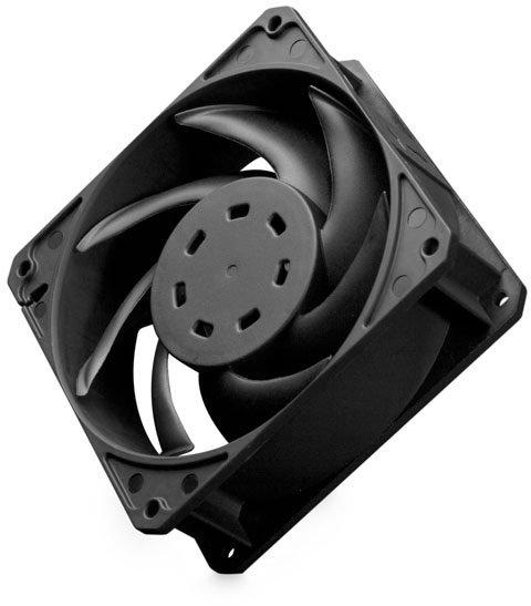 Толщина вентилятора EK-Furious Meltemi 120 равна 38 мм