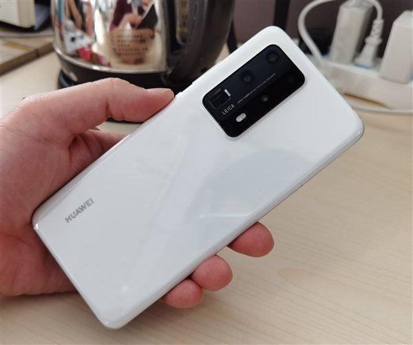 Почему Huawei P40 такой дорогой? Одна только камера стоит больше $100