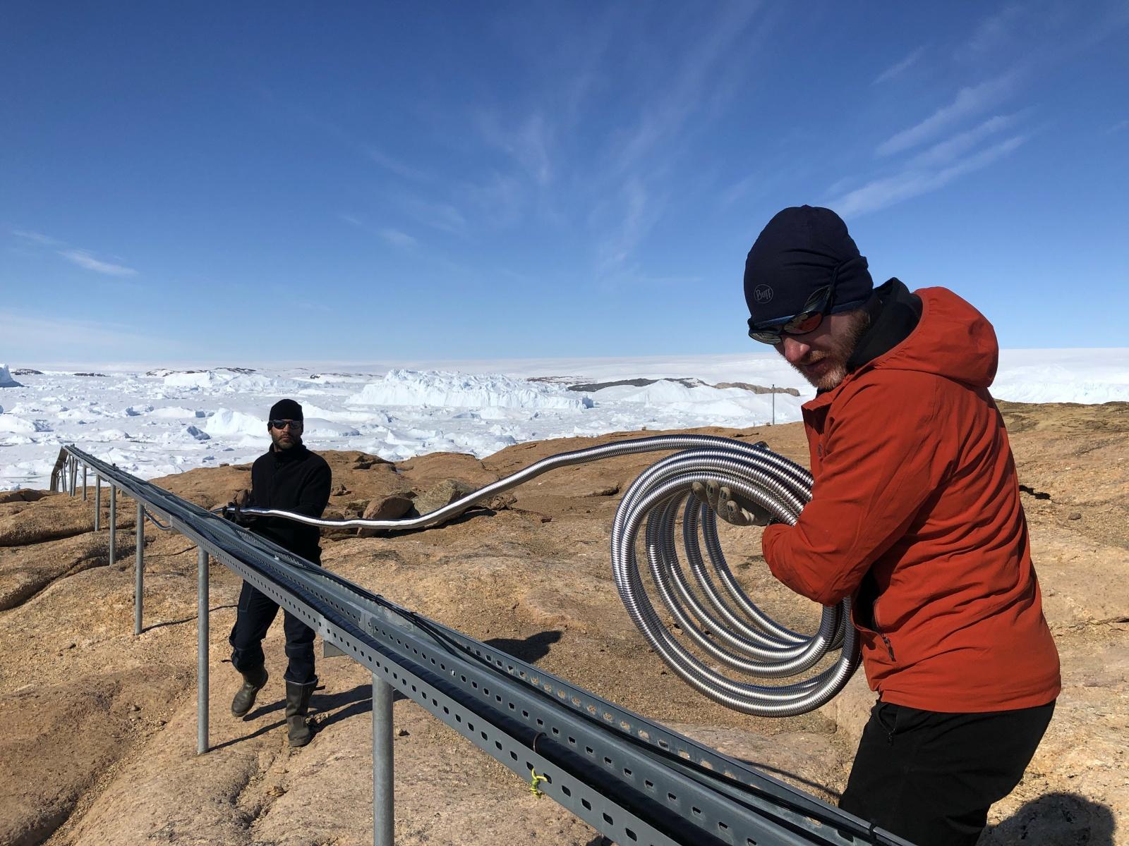 Как у российских полярников появилась сотовая связь в Антарктиде - 1