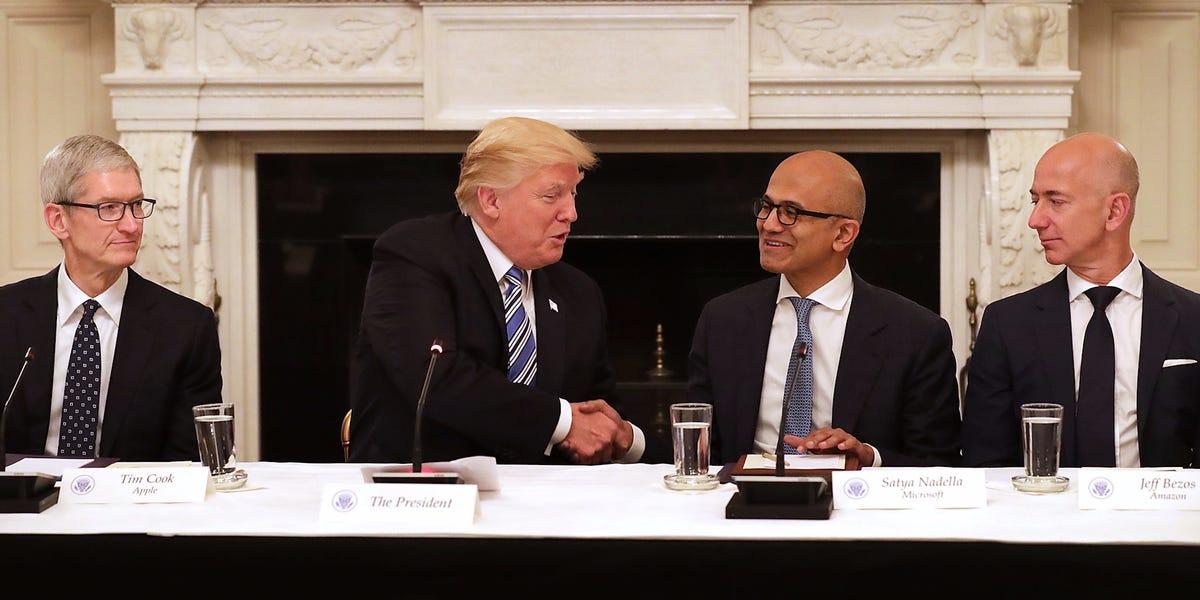 Почту США опять хотят обанкротить из-за Amazon. Как это происходит - 4