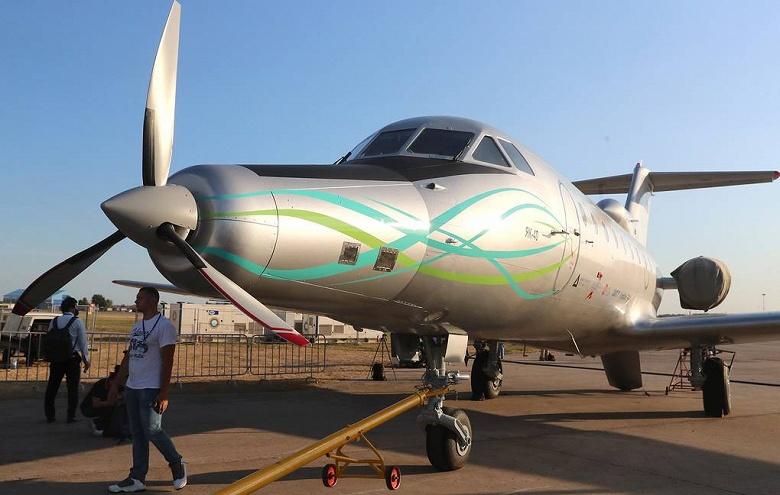 На МАКС-2021 совершил первый полет самолет Як-40 с электродвигателем на сверхпроводниках
