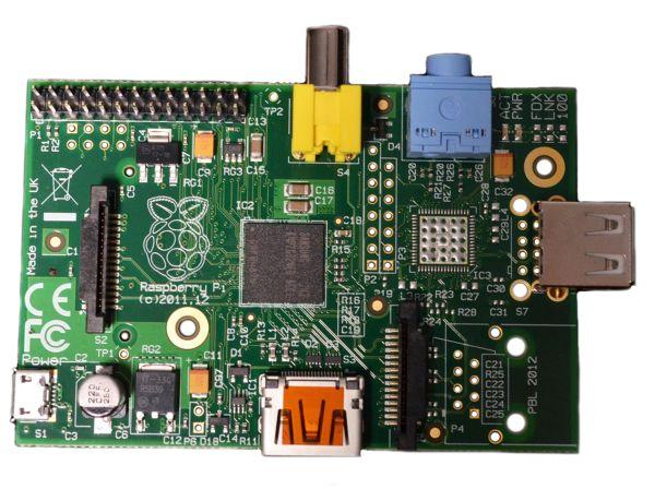25 долларовый Raspberry Pi Model A доступен для заказа в Европе