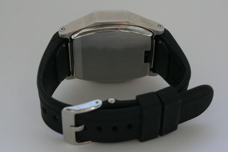 AirOn Element – часофон в стальном корпусе