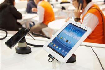 Компании Apple и Samsung ищут пути ухода от конкуренции с дешевыми планшетами